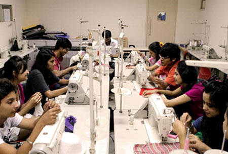 Jd Institute Of Fashion Technology Jdift New Delhi Images And Videos 2020